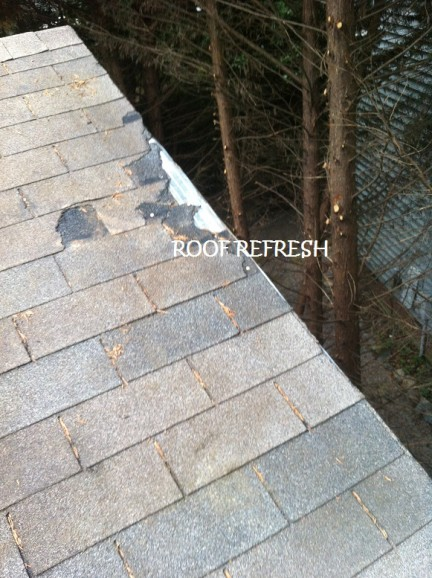 Roof maintenance – The key to a longer roof life